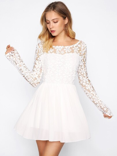 Hollow Out Crochet Panel V Back Swing Dress