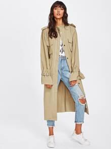 Manteau avec lacet de taille