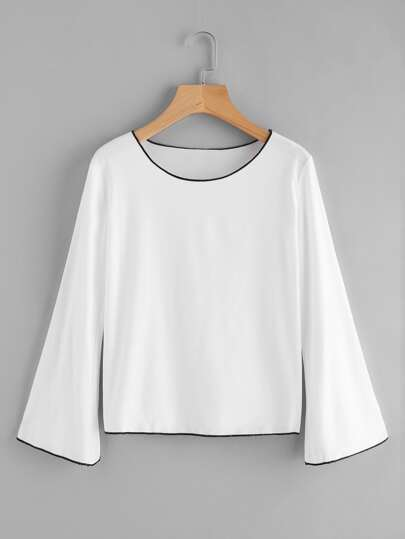 Fluted Sleeve Contrast Trim Tee