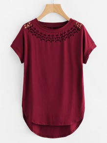 Tee-shirt bord courbé asymétrique découpé