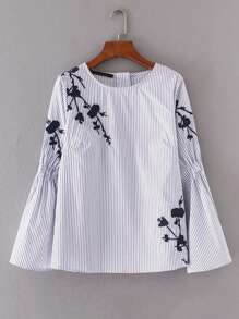 Blusa de rayas con diseño fruncido bordada de flor