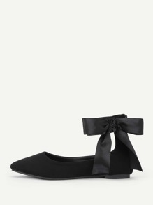 Bow Tie Decorated Pointed Toe Flats