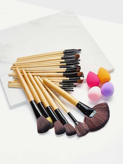 Makeup Brush & Puff Set With Bag