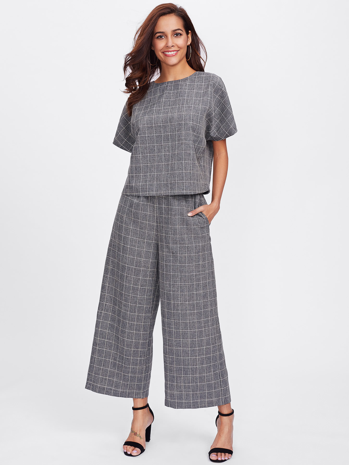 Buttoned Keyhole Grid Top & Palazzo Pants Co-Ord grid carrot pants