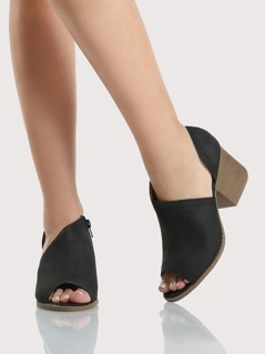 Side Cut Out Booties BLACK