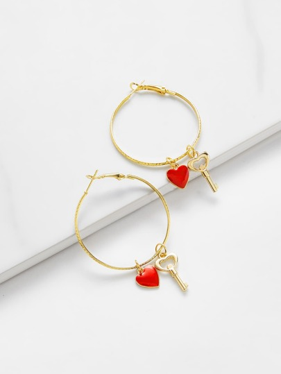 Heart Detail Hoop Earrings