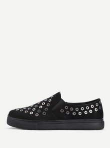 Grommet Design Round Toe Shoes