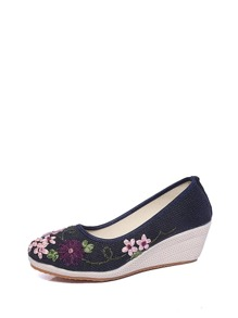 Embroidery Linen Wedges