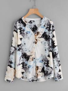 Blusa floral con efecto teñido