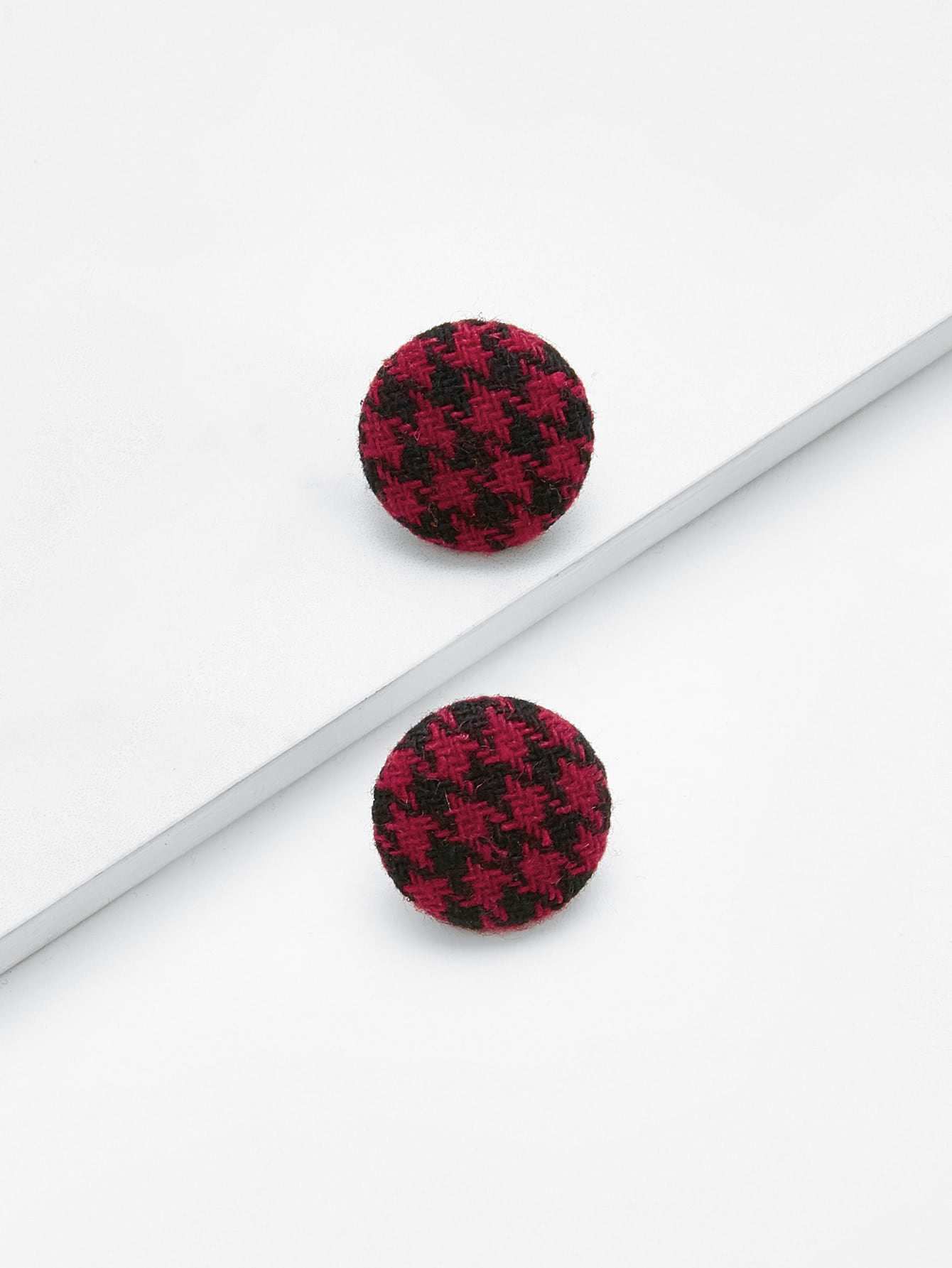 Houndstooth Button Design Stud Earrings мультиметр oem excel dt9205a 12768