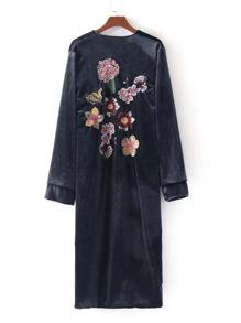 Kimono largo de terciopelo con bordado de flor