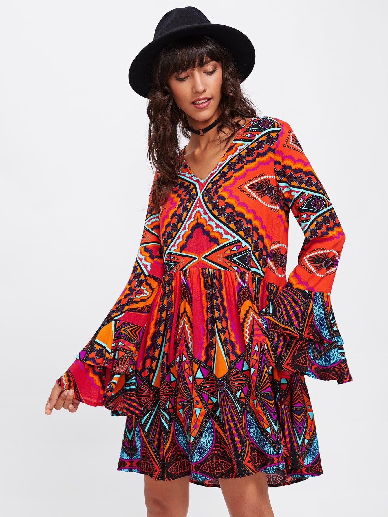 Tiered Bell Cuff Geo Print Dress