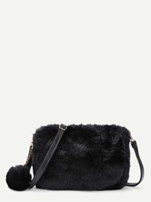 Модная сумка с помпоном