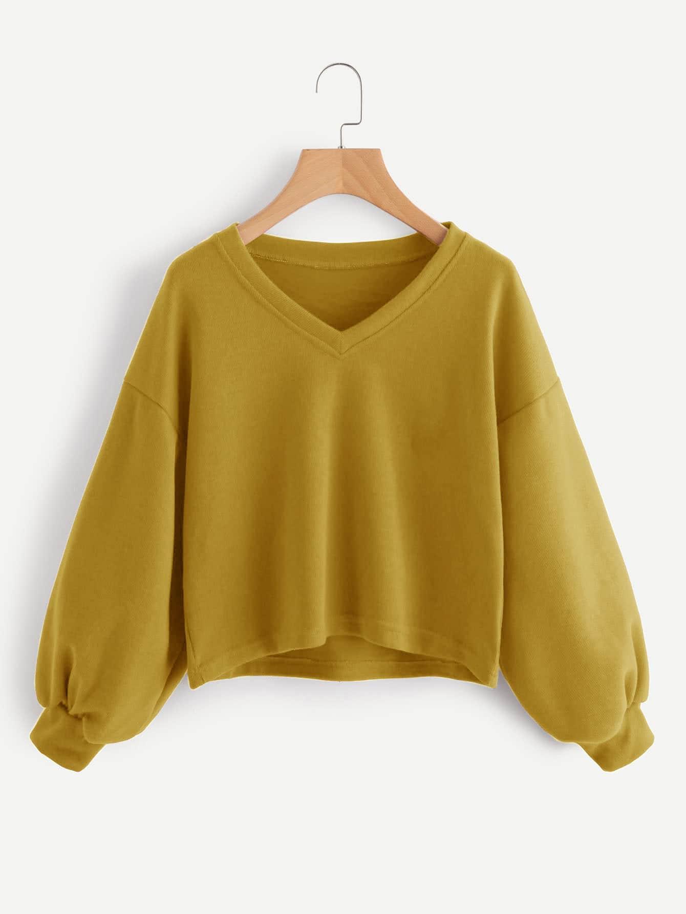 Sweatshirt mit V-Ausschnitt, sehr tief angesetzter Schulterpartie und Laterne Ärmeln