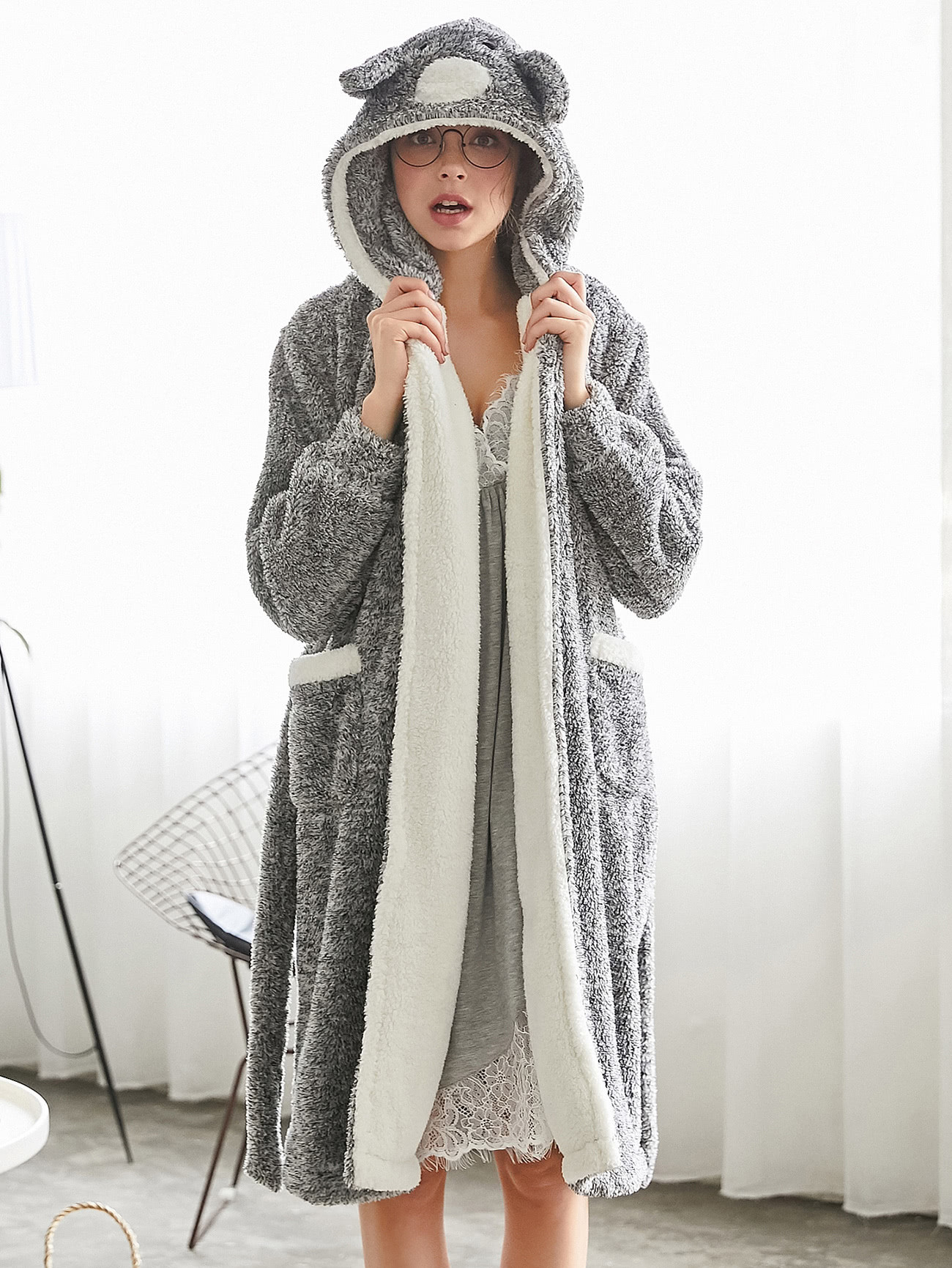 Contrast Lined Plush Hooded Koala Robe