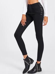 Schmale Jeans mit Tülle