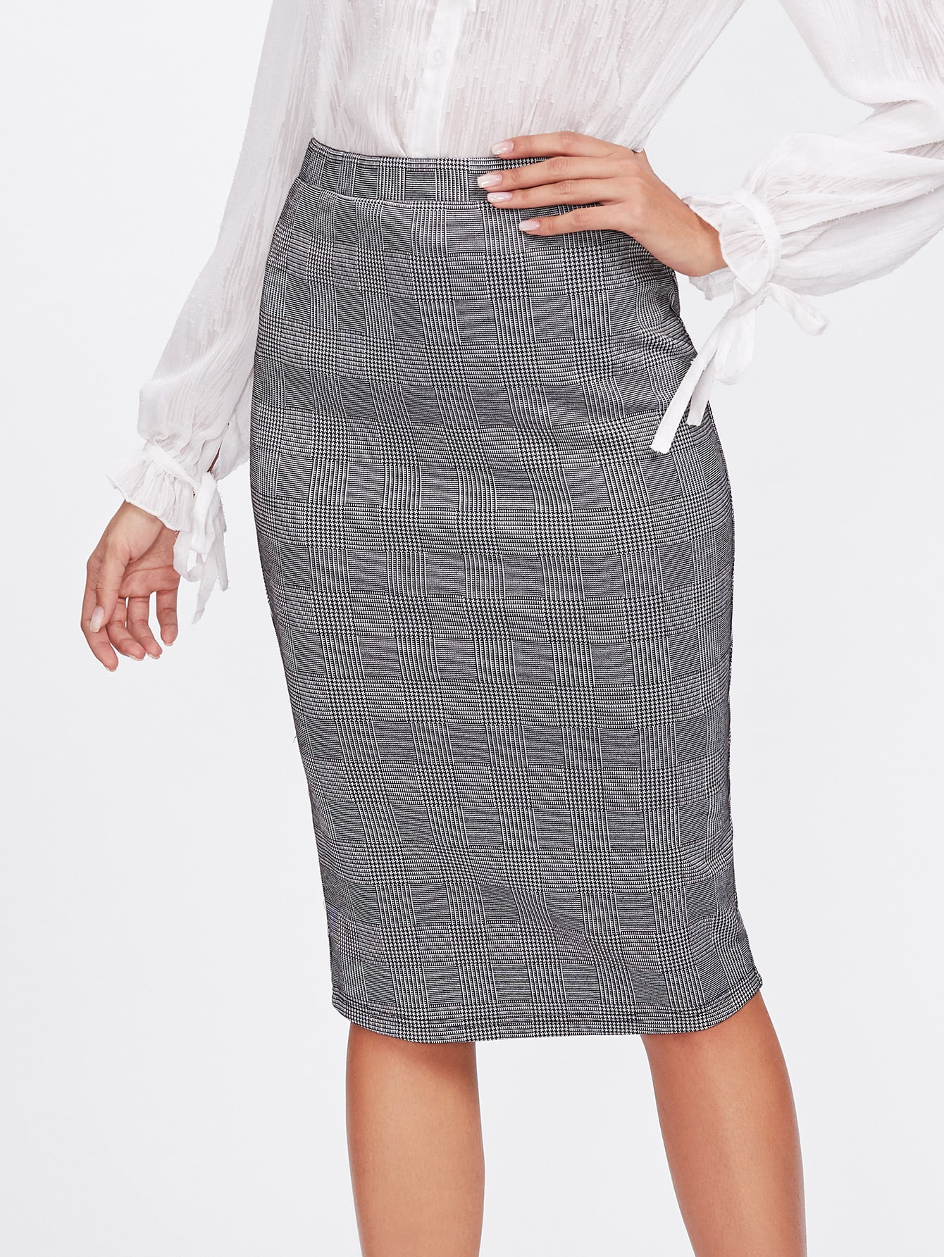 Vented Back Plaid Pencil Skirt