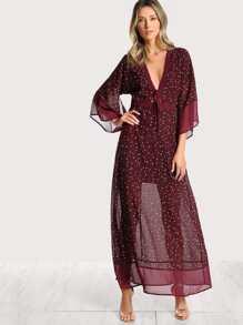 Star Print Split Back Plunging Kimono Dress