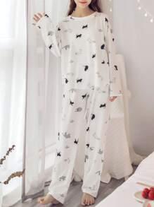 طقم الملابس نوم  نسائي كارتون  أبيض
