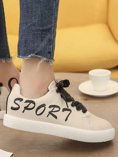 Romwe / Letter Print Lace Up Sneakers
