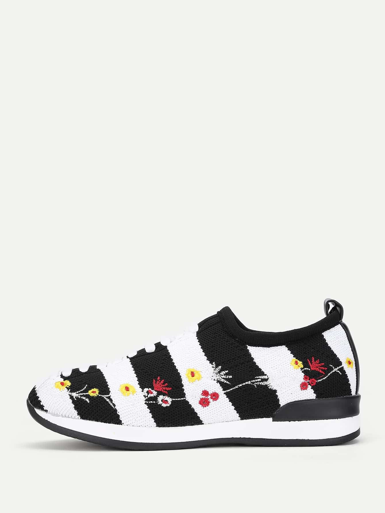 Flower Embroidery Striped Knit Sneakers