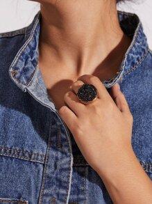 Contrast Gemstone Ring 1pc