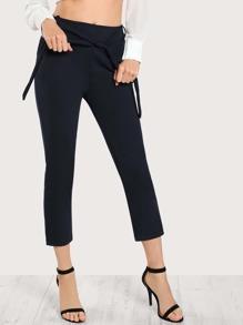 Pantalones pitillo con cinturón