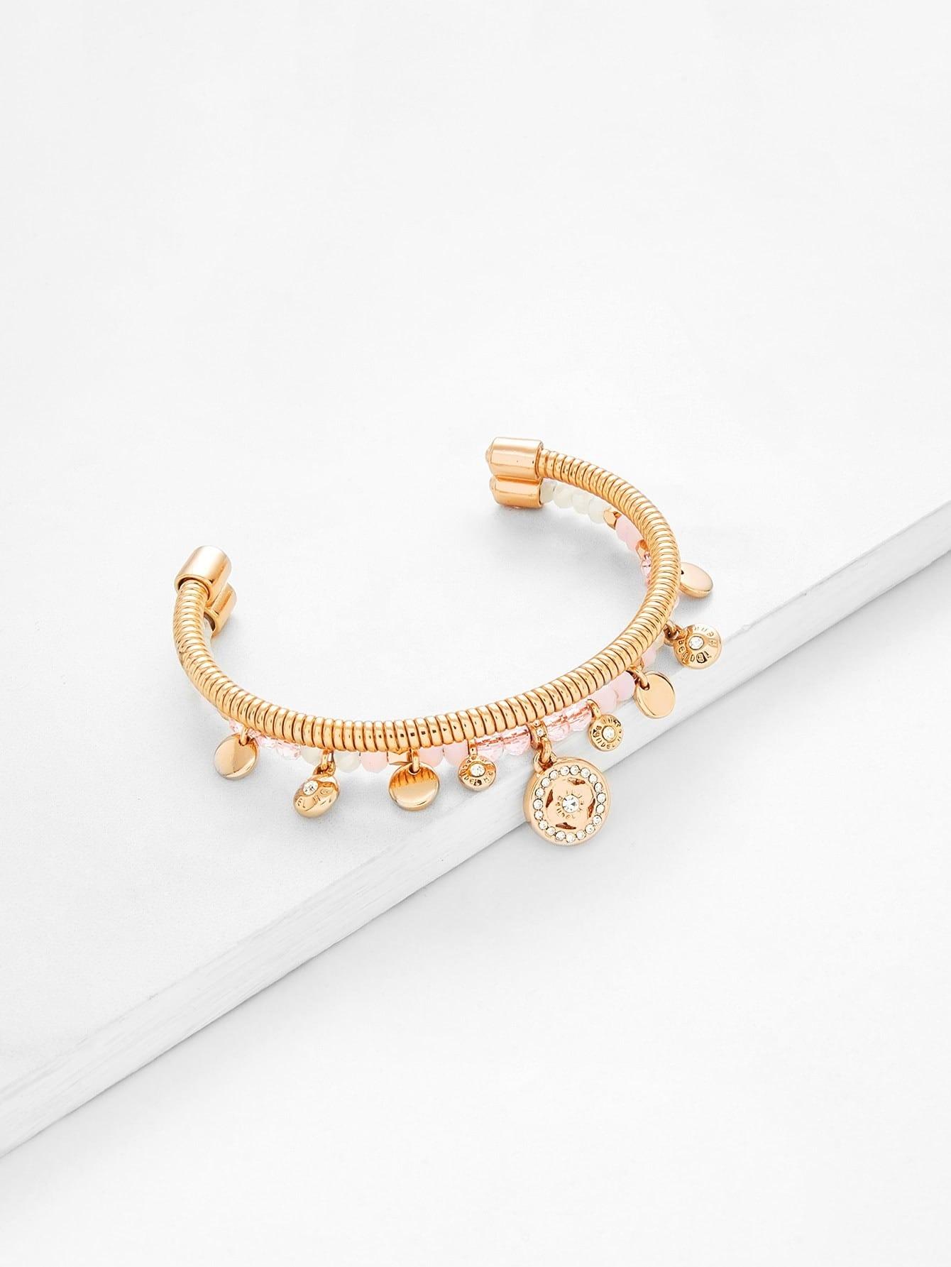Armband mit runder Flocke und mehrlagiger Manschette