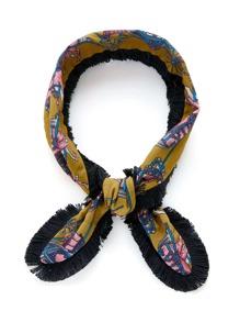 Écharpe mince avec garniture de frange