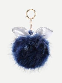 Accesorio de bolso con diseño de oreja con pompón