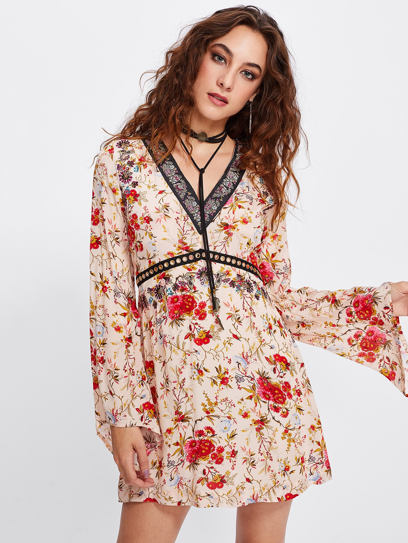 Bell Sleeve Ditsy Print Dress lisa corti сандалии