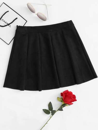 Box Pleated Zipper Side Suede Skirt
