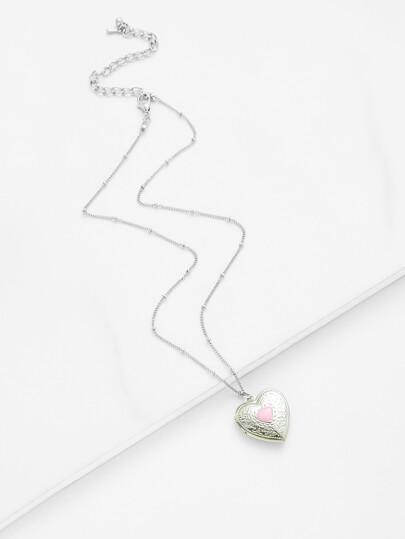 Contrast Heart Pendant Chain Necklace