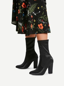 Block Heeled Pointed Toe Ankle Boots