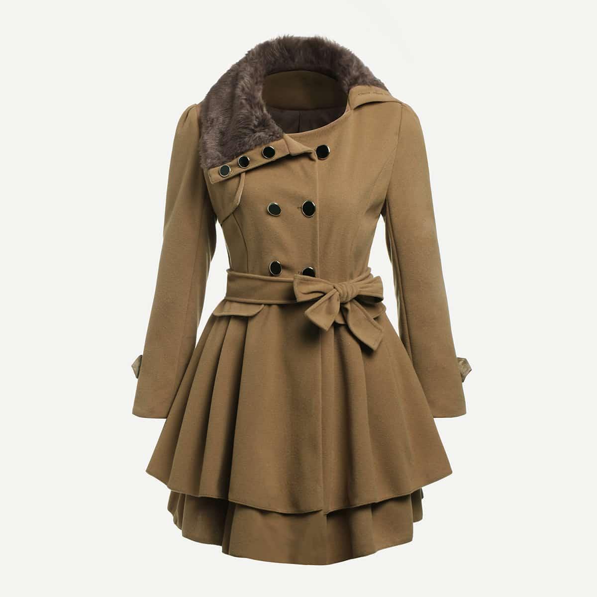 Lange jas met wolle kraag