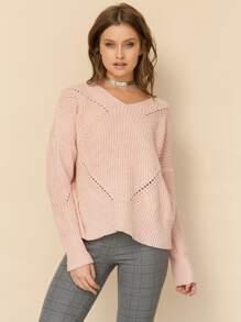 Розовый джемпер с вязаным узором
