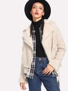 Модная замшевая куртка