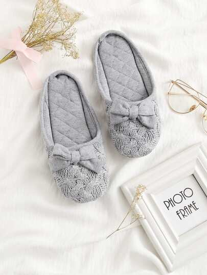 Bow Decorated Flat Slippers