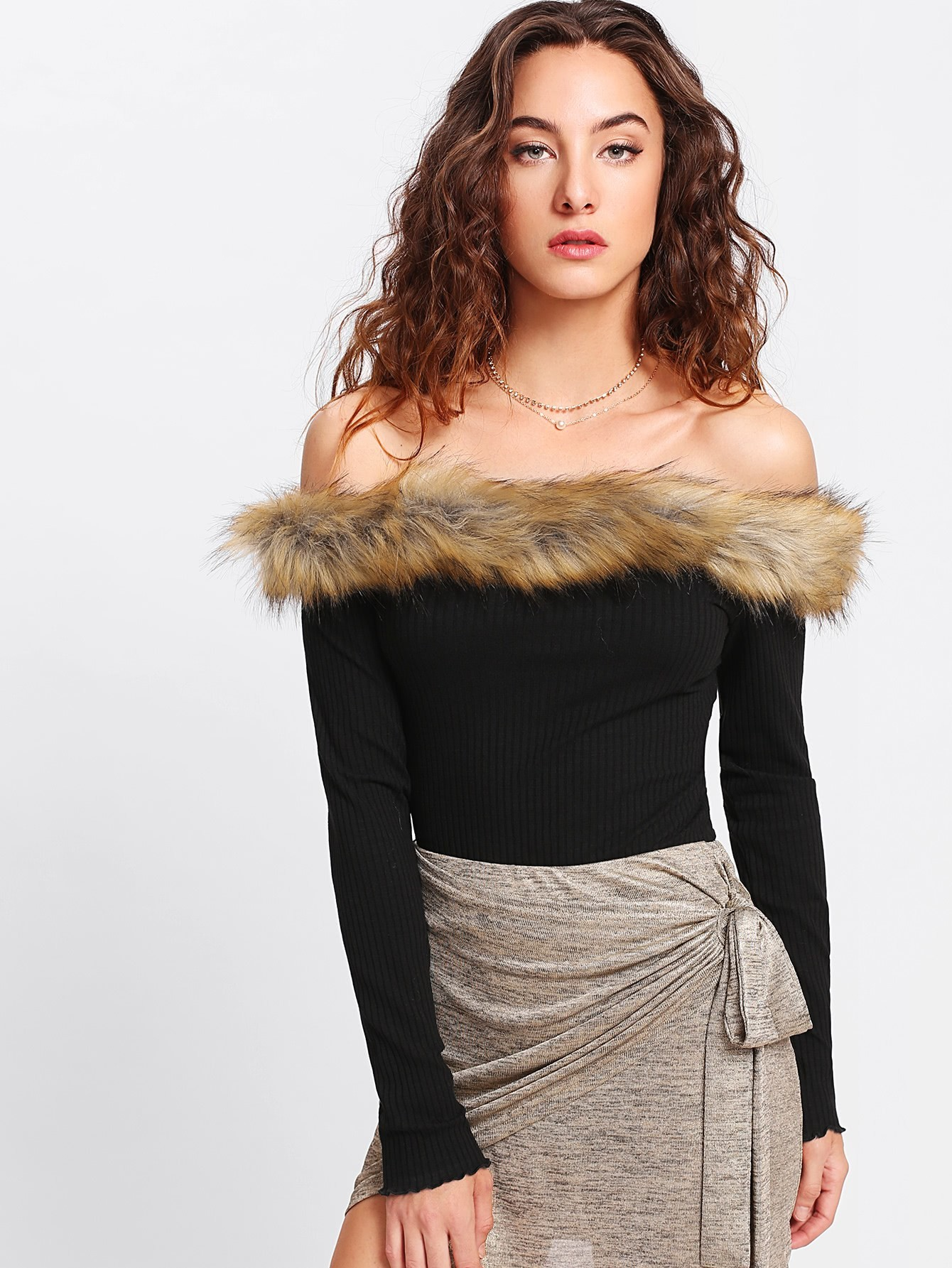 Faux Fur Trim Ribbed Bardot Tee tee171114710