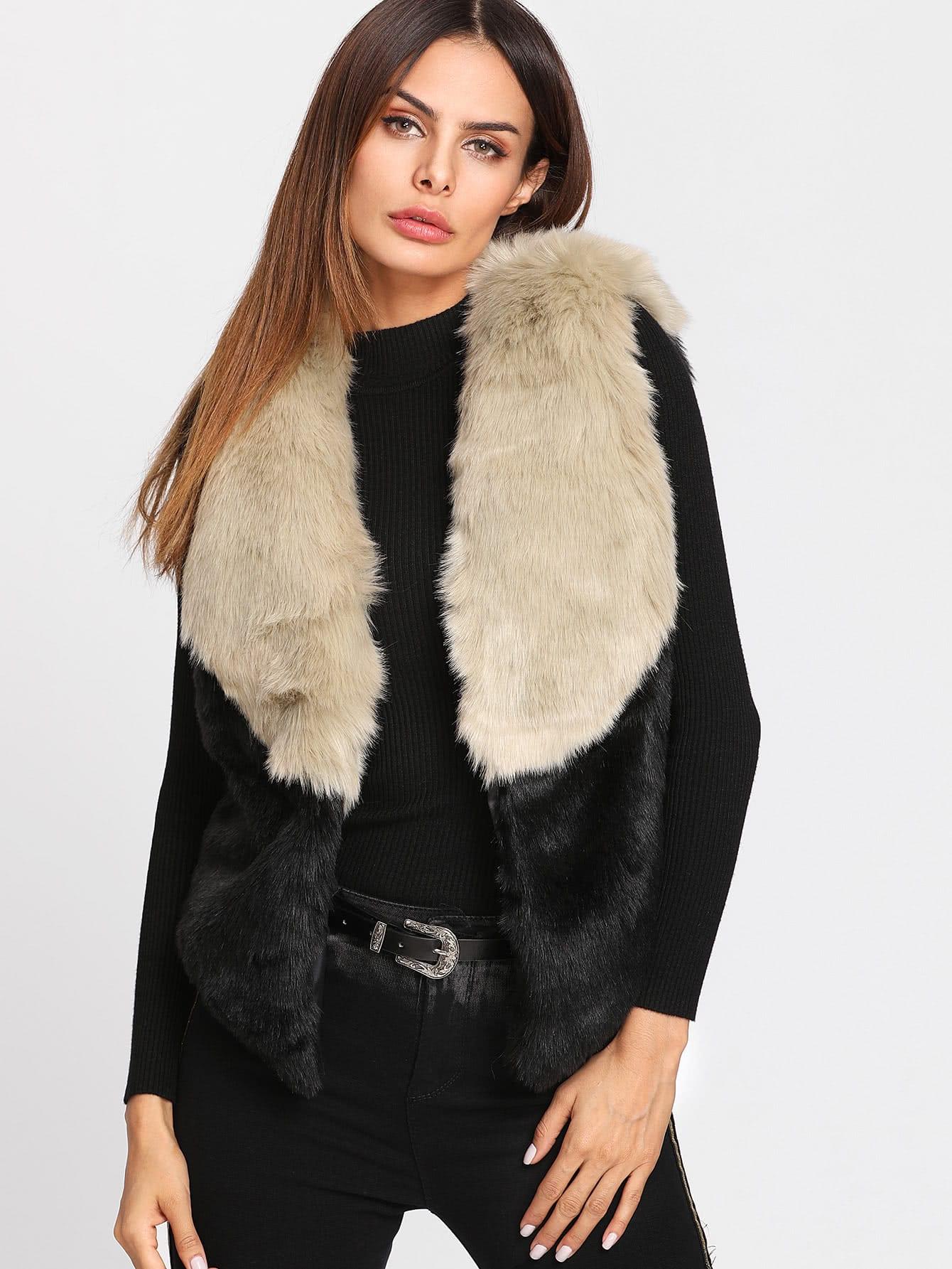 Color Block Faux Fur Vest