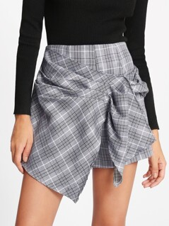 Ruched Overlap Front Plaid Shorts
