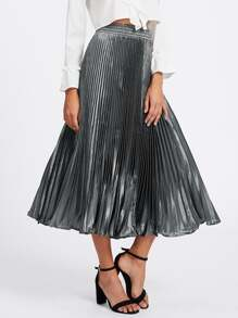Falda plisada de satén
