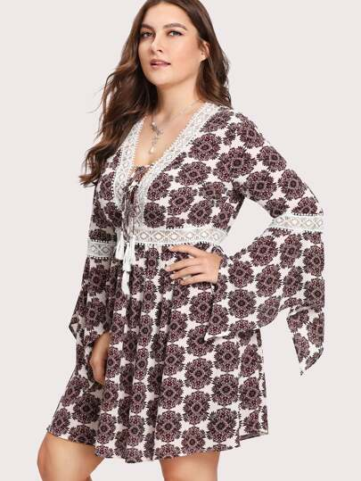 Ornate Print Lace Insert Handkerchief Sleeve Dress