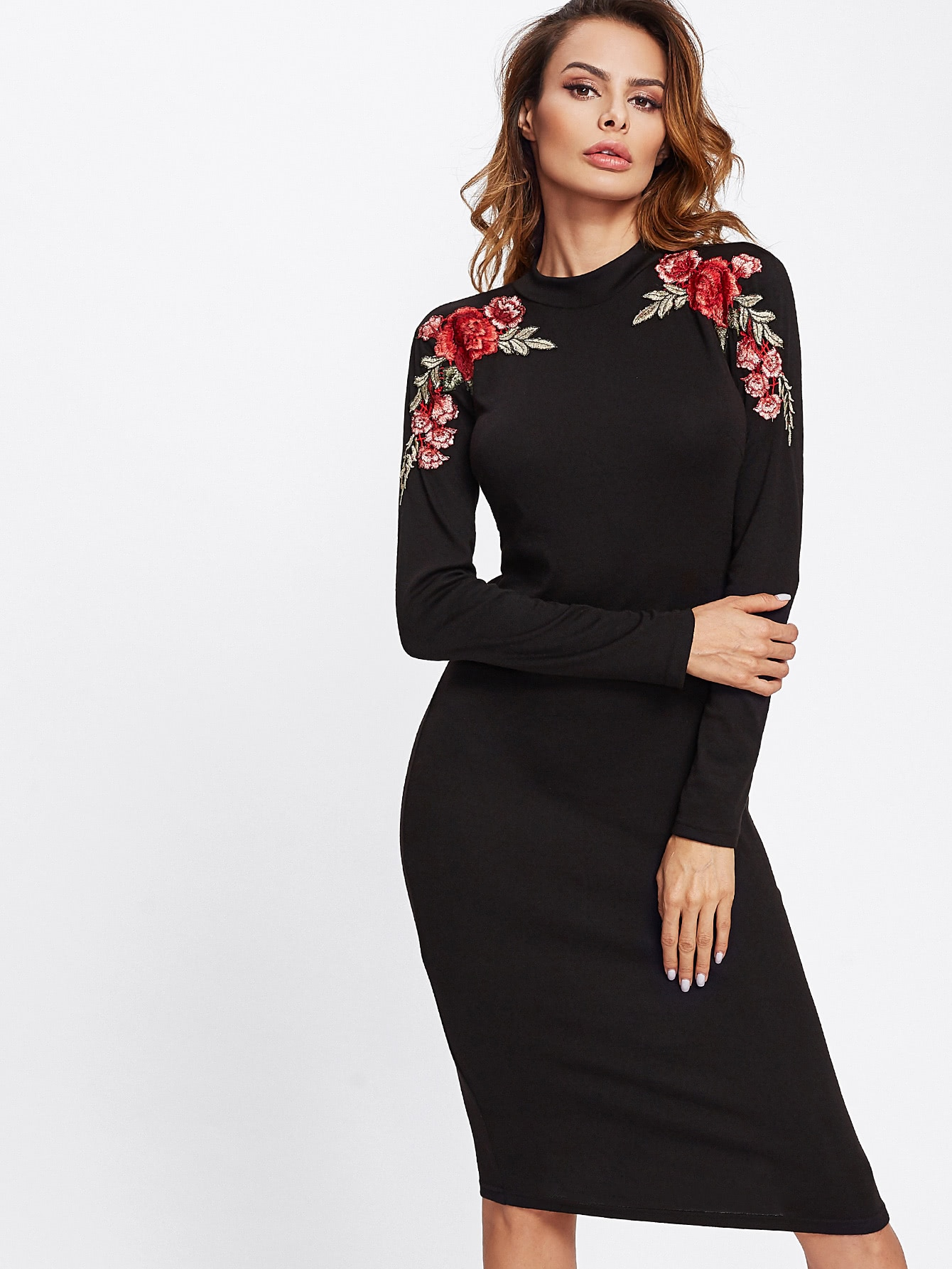 все цены на Embroidered Rose Patch Form Fitting Dress