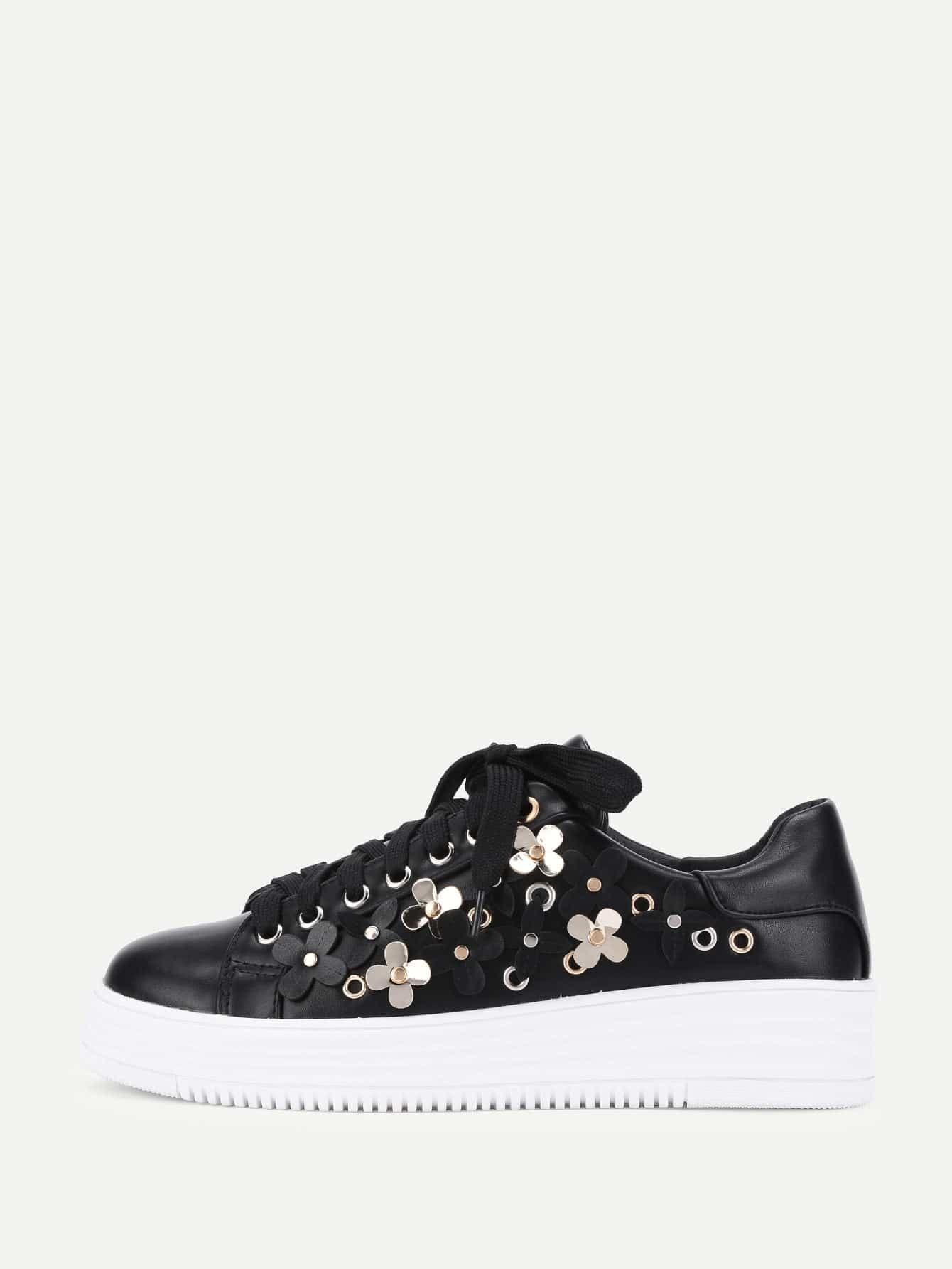 Flower Decorated Lace Up Sneakers st decorated up