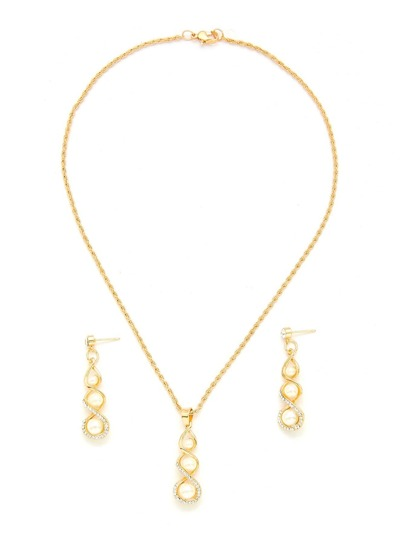 Rhinestone Detail Pendant Chain Necklace With Earring Set