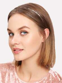 Scalloped Rhinestone Design Headband