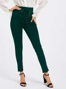 Pantaloni con laccetti