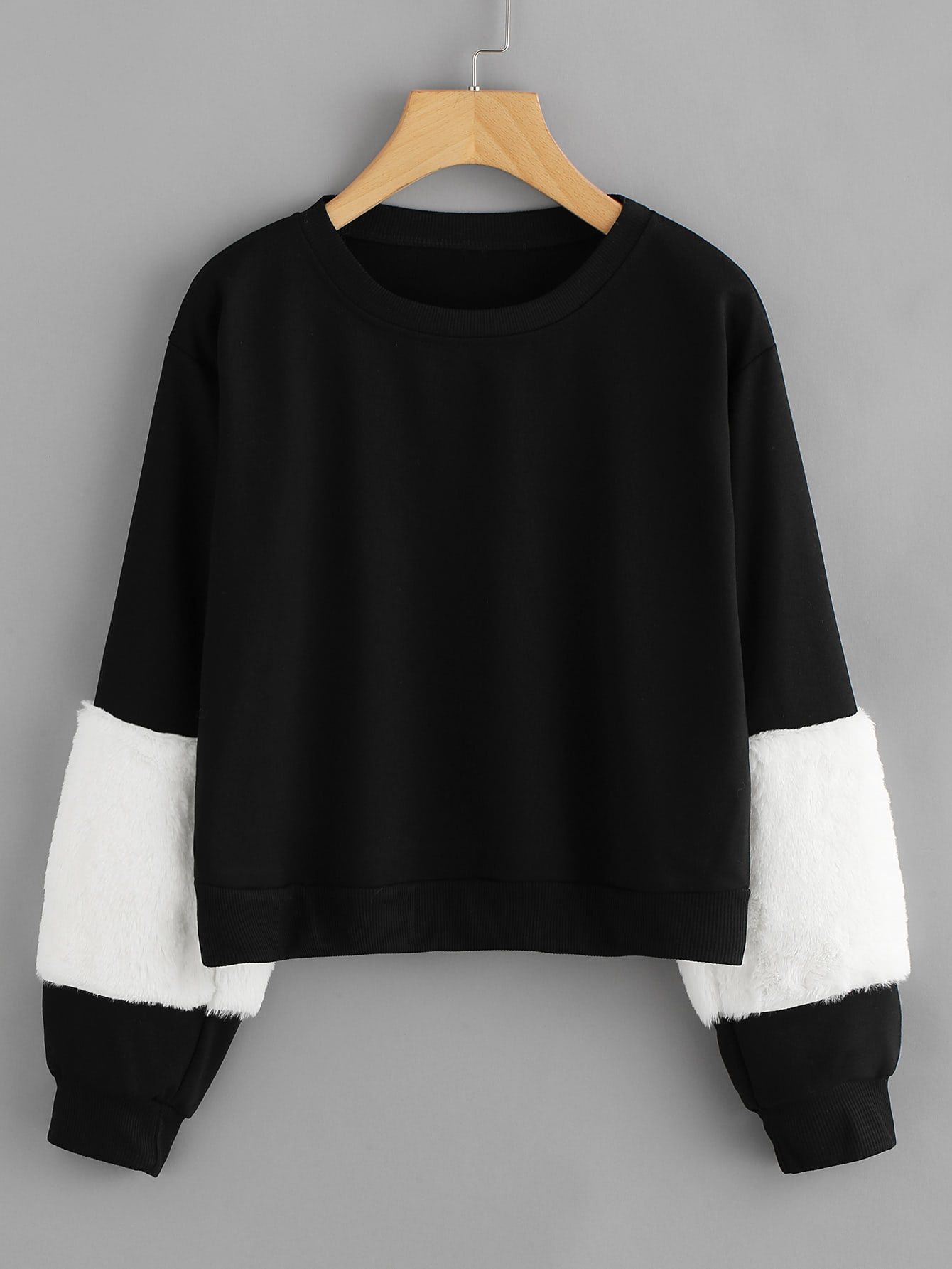 Color Block Faux Fur Sleeve Sweatshirt
