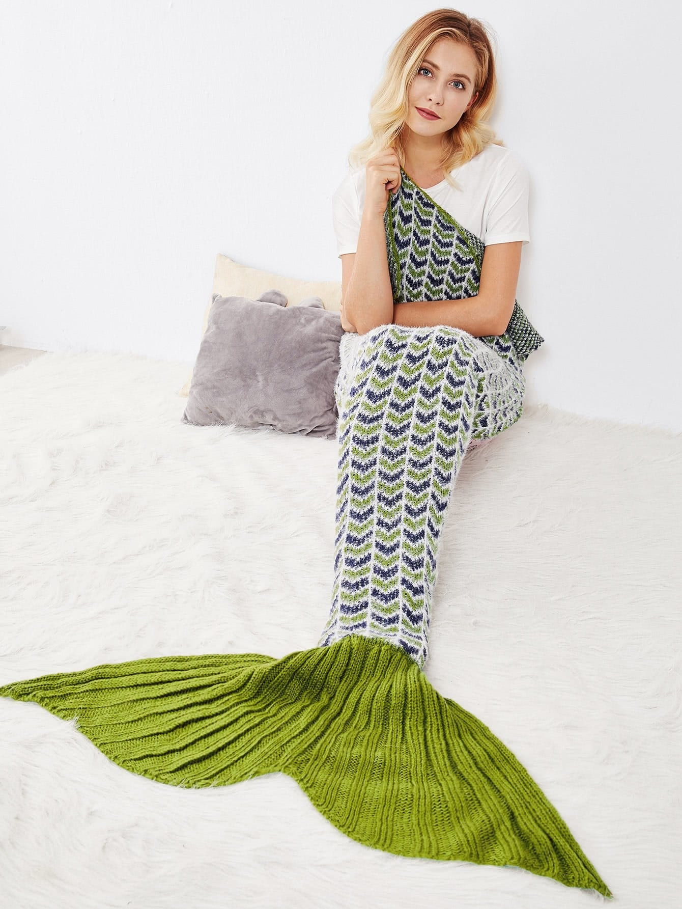 Image of Chevron Pattern Fish Tail Knit Mermaid Blanket